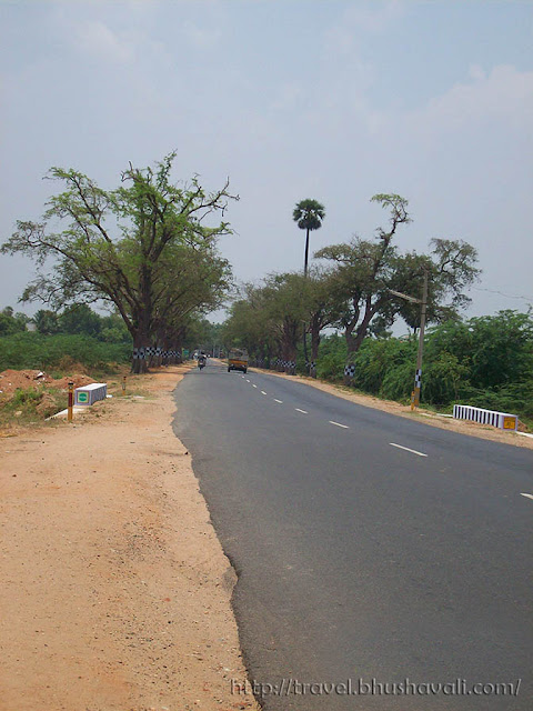 Paramathi Velur at Thiruchengodu highway