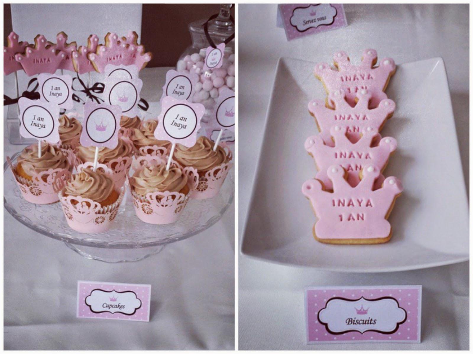 gateau et cupcake roses avec couronne