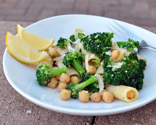 Broccoli Rigatoni with Chickpeas & Lemon, another Quick Supper ♥ KitchenParade.com. Lemony. Garlicky. Cheesy. Vegetarian.