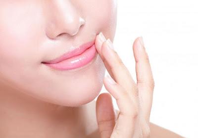Cara Meronakan Warna Bibir Agar Terlihat Merah Muda Alami bagian dari cara meronakan warna bibir, mempercantik bibir, perawatan bibir, bibir alami mulus,health,diet,Health insurance,kesehatan,mental health,health care,nusantara sehat,sehat,makanan sehat,obat sehat,obat alami,cara sehat,sehat alami,
