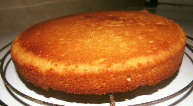 Cake baked in a pressure cooker