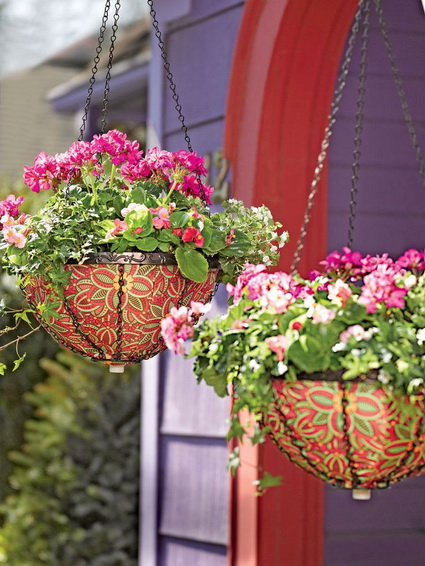Outdoor decoration with hanging flower pots 7