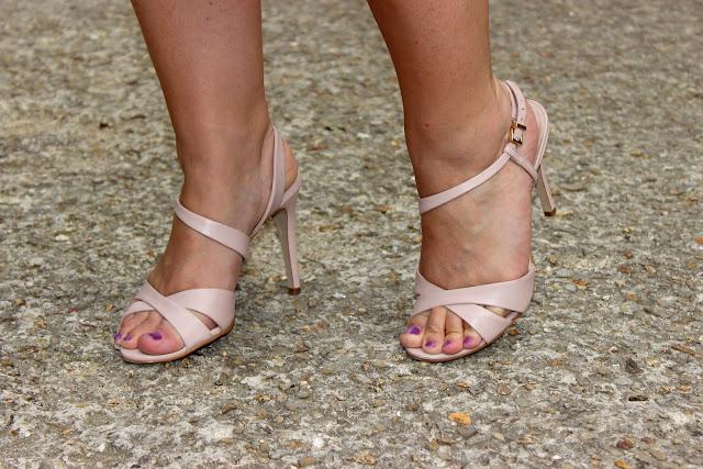robe rose mon amour, marque rose, sandales minelli, les petites bulles de ma vie