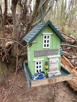 Polizeistation im Wald
