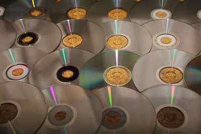 Bitmeye Yüz Tutan Meslek: CD-DVD Satışı ve Kiralama