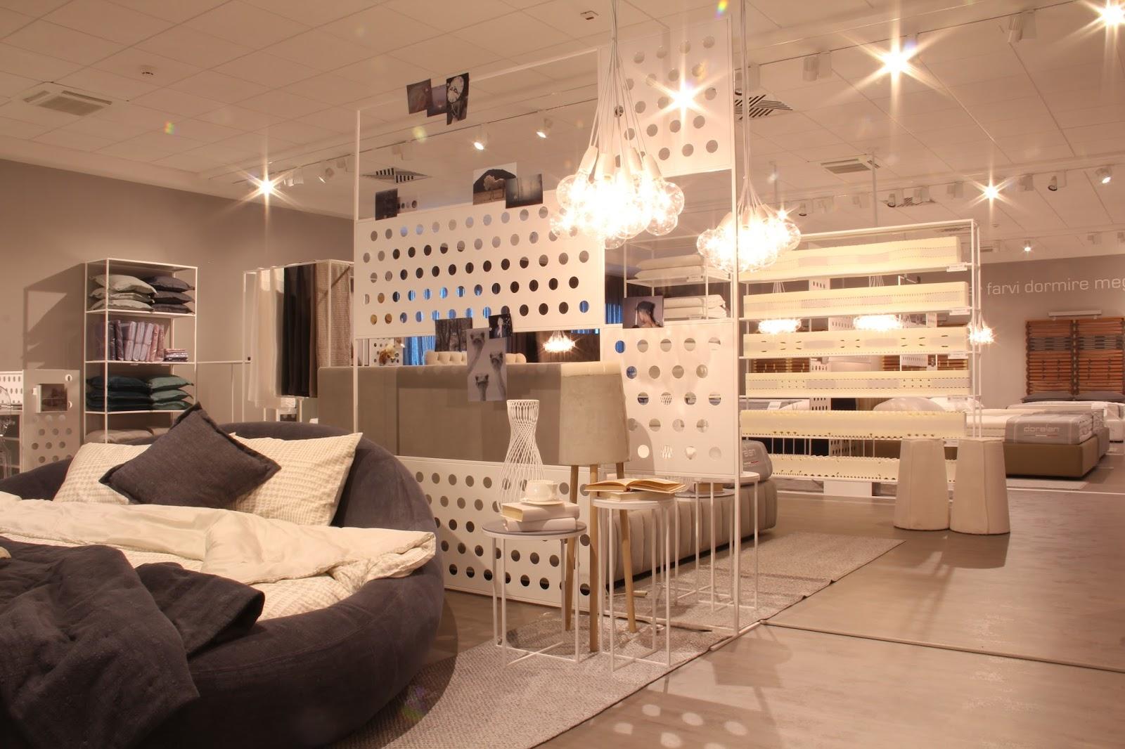 Dorelan showroom on Fashion and Cookies fashion blog, fashion blogger style