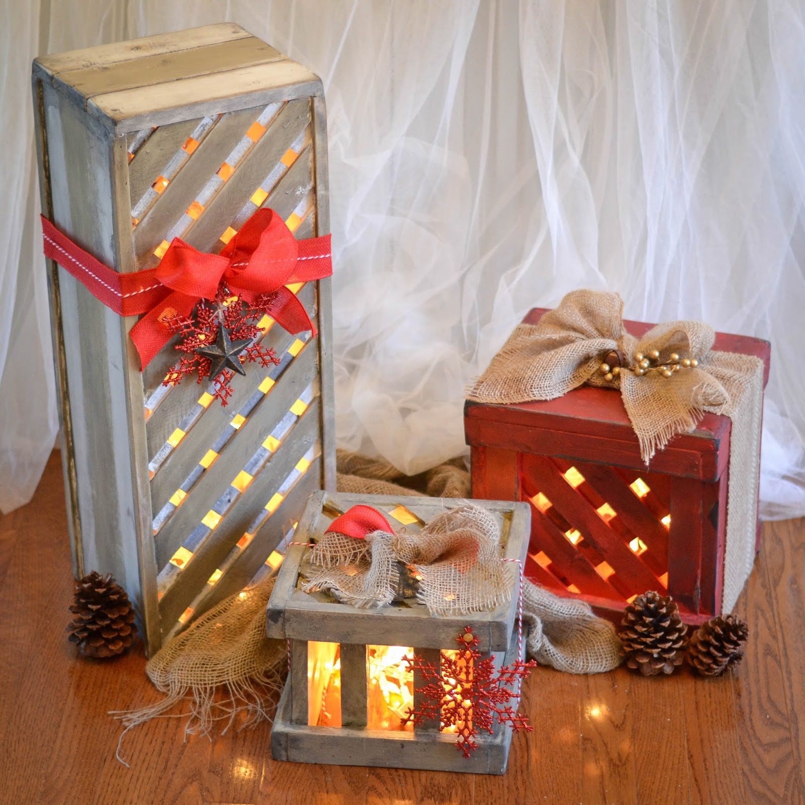 down to earth style make wooden christmas gift box decor. Black Bedroom Furniture Sets. Home Design Ideas