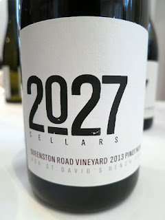 2027 Cellars Queenston Road Vineyard Pinot Noir 2013 (90+ pts)