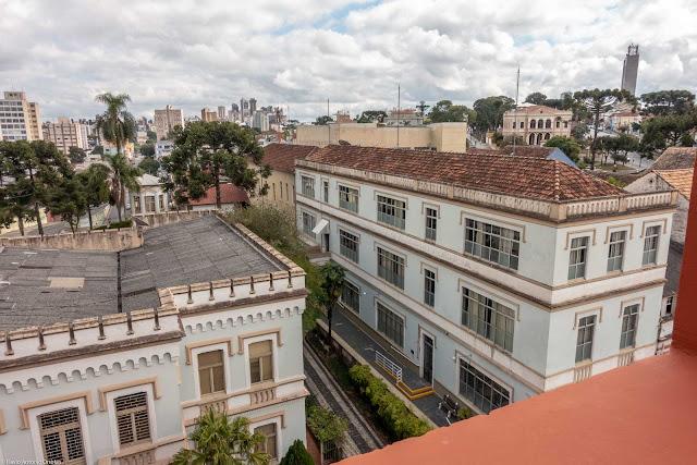 Vista do antigo Colégio da Divina Providência a partir do Mirante Marumbi