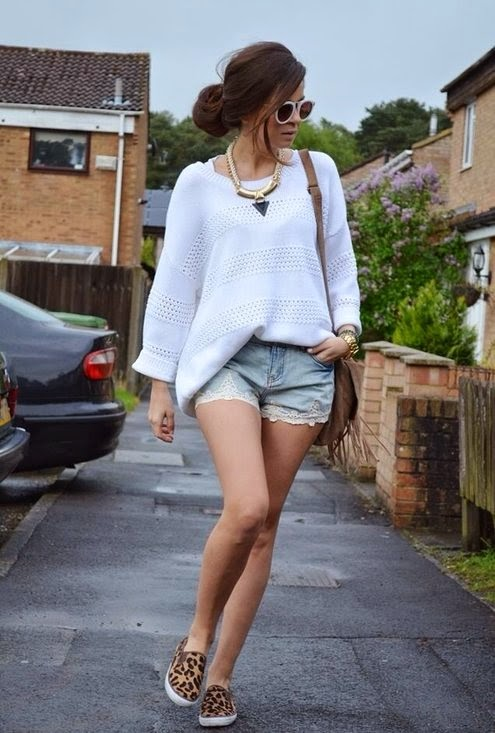 shorts with animal print slip on sneakers