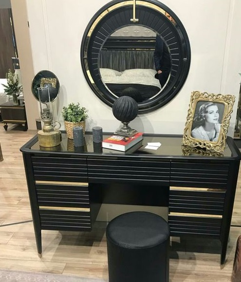 Modern Bachelor S Bedroom Callout In 2019: Latest 70 Modern Dressing Table Designs With Mirror For