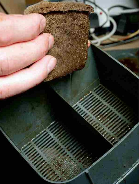 Cleaning mechanical filter