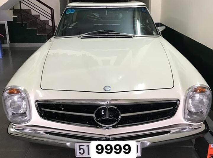 Xe hiếm Mercedes 280 SL hơn 50 năm tuổi tại Việt Nam