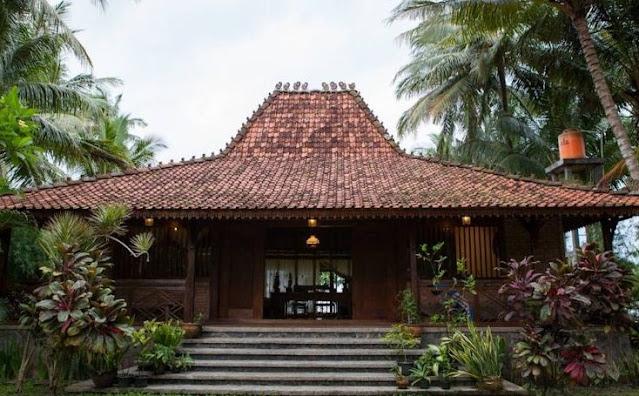 Rumah Joglo Semar Tinandhu