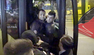 Halk otobüsüne binemeyince şoförle tartışan polise tepki