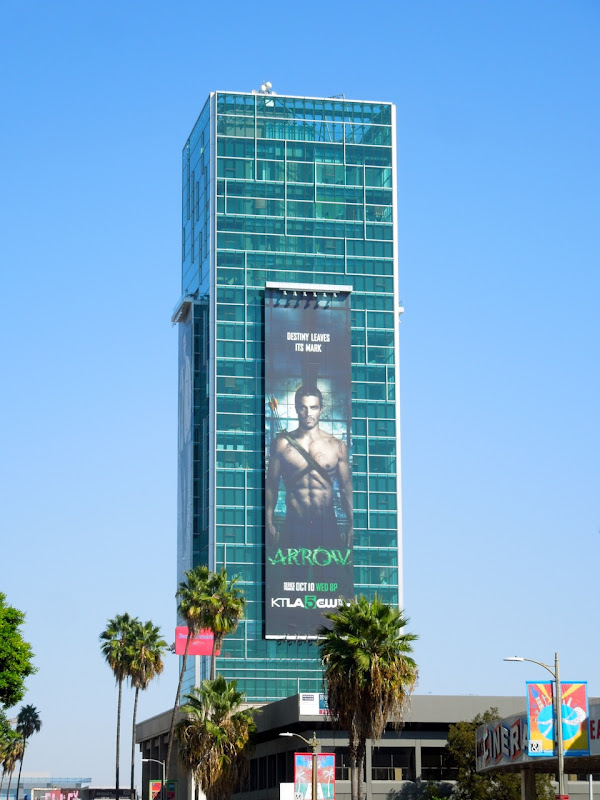 Super-sized Arrow season 1 billboard