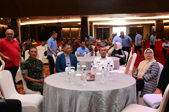 Dampingi Gubernur Riau, Danrem 031/WB Dukung PSSI Riau