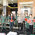 Kabaharkam Polri Mewakili Alumni AKABRI 1989 Serahkan Bantuan Untuk Tenaga Medis Kepada KASAD  Dan Wakapolri