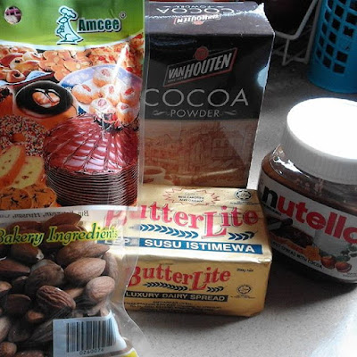 Kek Batik Nutella Almond