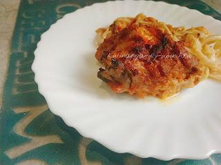Сочная запечённая курица под соусом