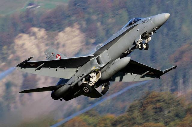 Swiss Hornets test missiles Sweden