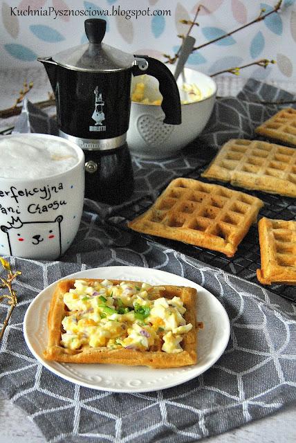 476. Wytrawne gofry z pastą kanapkową na śniadanie lub przekąskę