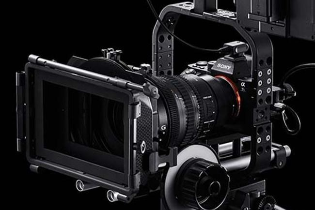 Quay phim bằng máy ảnh có gây hỏng máy không ?