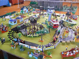 Famousplaymo 1 re expo vente playmobil de laigneville 9 for Salon du playmobile le mans