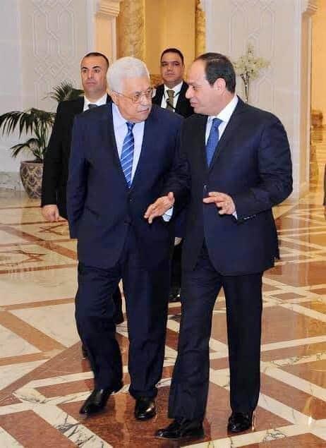 رئيس فلسطين يهنئ السيسي بمناسبة عيد الأضحى.