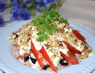 Салат с помидорами ветчиной картинка