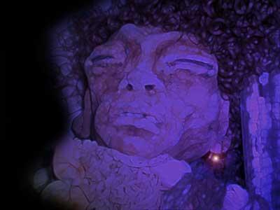Violette momificada