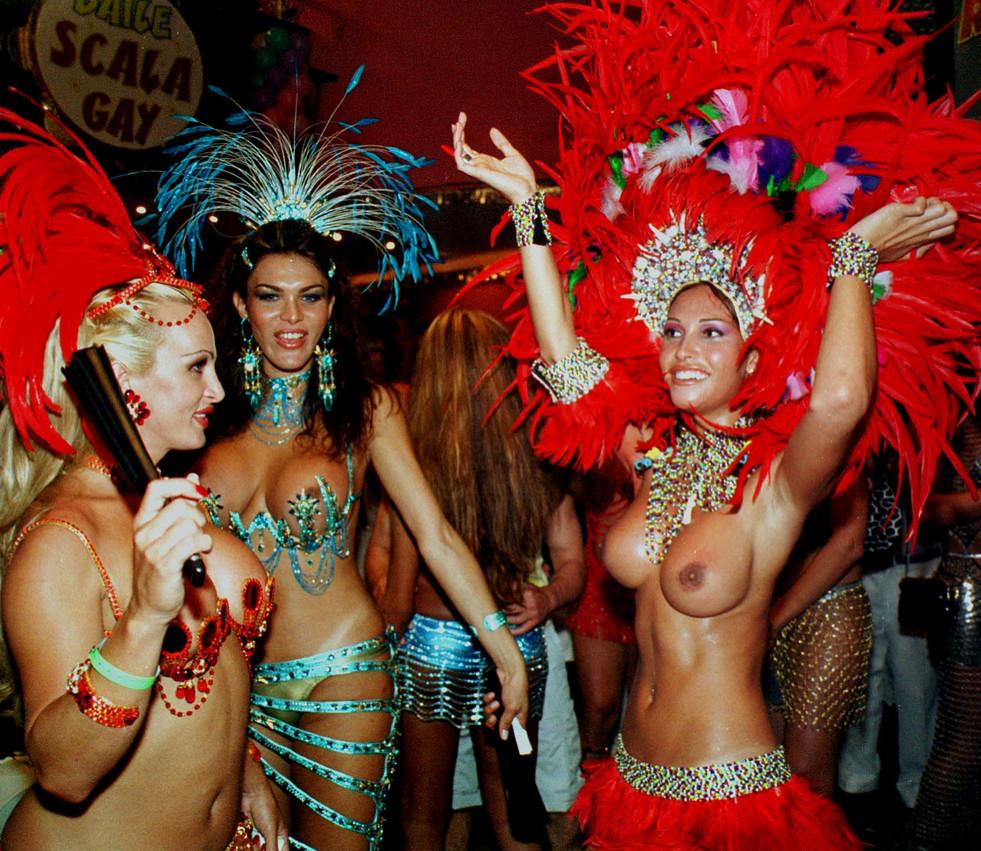 nude Carnival girls brazil samba