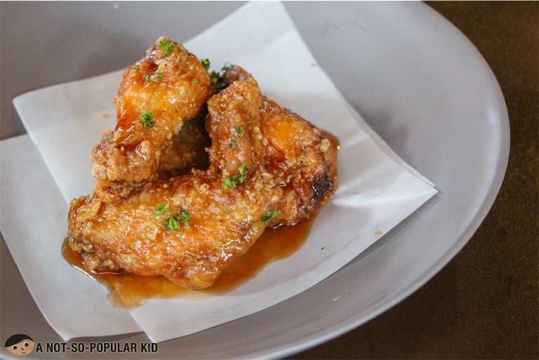 Buffalo Wings of Hops & Brews, Poblacion