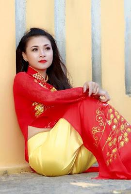 Madhuri Dixit ~ Bollywood HD Hot Photos Gallery