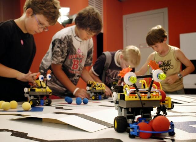 robotica-inteligencias-multiples-arequipa-ninos-clases-cursos-taller