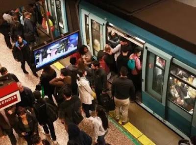 Arco eléctrico dejó humareda en el Metro