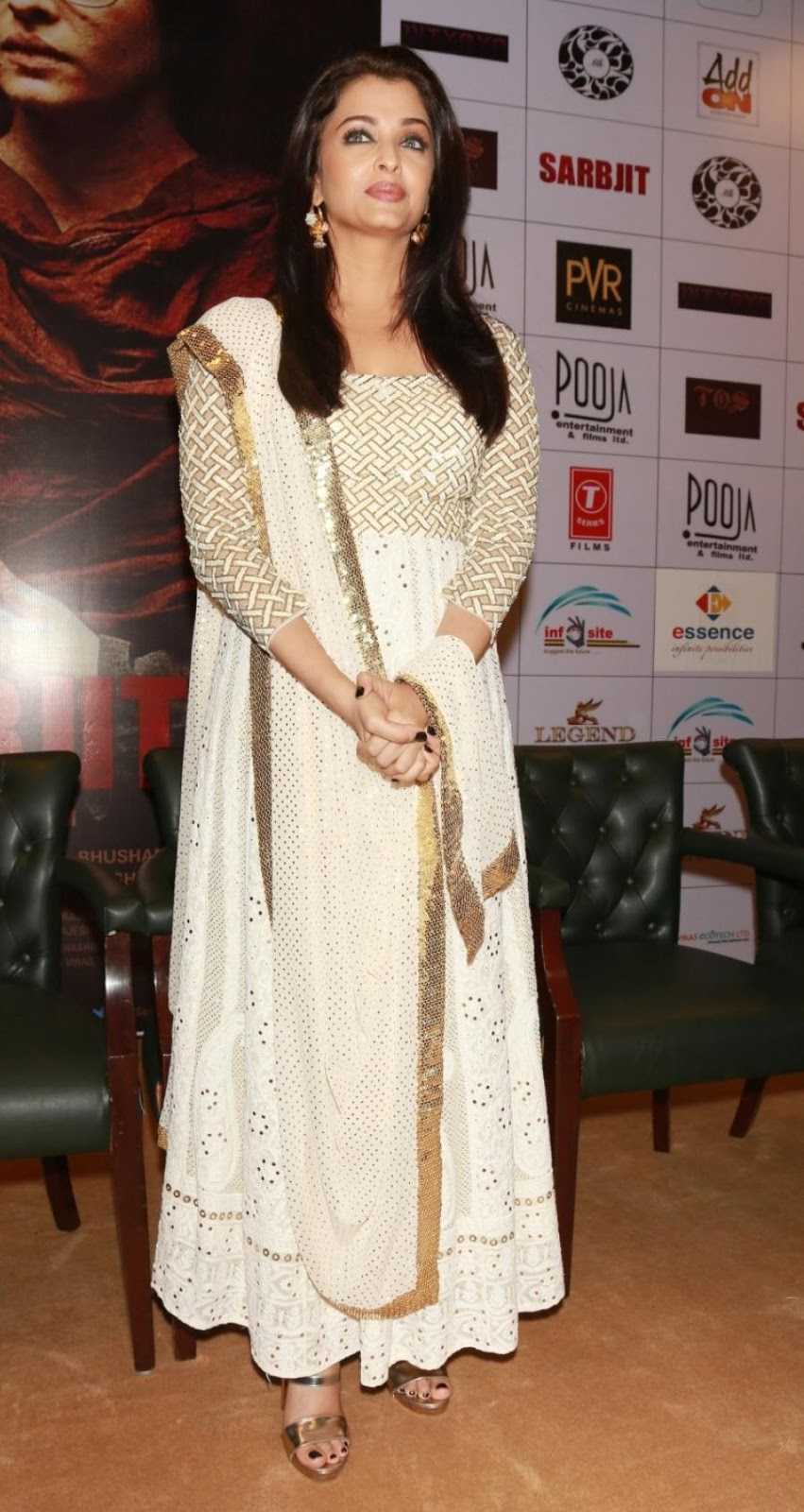 Actress Aishwarya Rai Long Hair Photos In White Dress