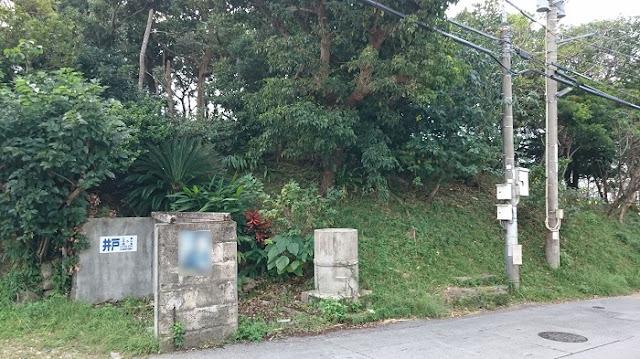 ウフンミウタキの東側の写真