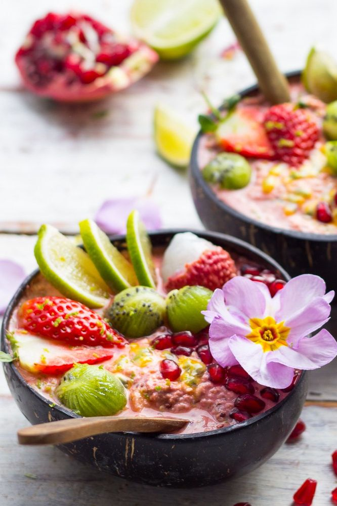 Tropical Bircher Bowls | Find 11+ Vegan Smoothie Bowls To Make Again and Again | homemade smoothies | healthy smoothie | easy smoothie recipes | breakfast smoothies | simple smoothies #smoothiebowls #smoothiebowlrecipe #vegan #breakfast