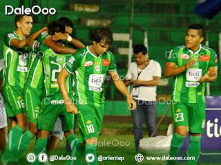 Festejo del gol de Gustavo Olguin con el que Oriente Petrolero le ganó a Royal Pari - DaleOoo