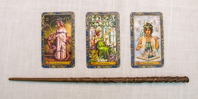 Mother-Tarot-Wizards-Tarot-Strength-The-Empress-The-World-Hermione-Granger-wand