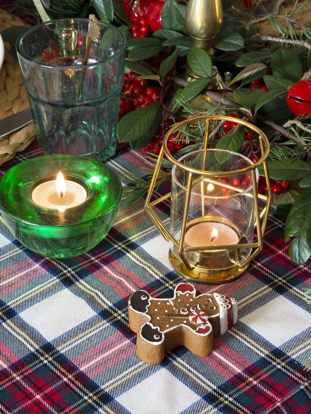 Nuestra mesa navideña en cuadros escoceses8