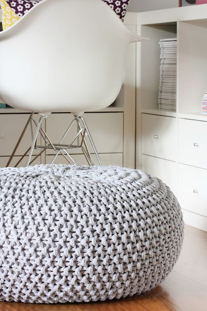 PUNTXET Inspiración para decorar con puffs de crochet #deco #decor #decoracion #decoration #hogar #home #puffs #crochet #ganchillo #handmade #DIY #inspiracion #inspiration
