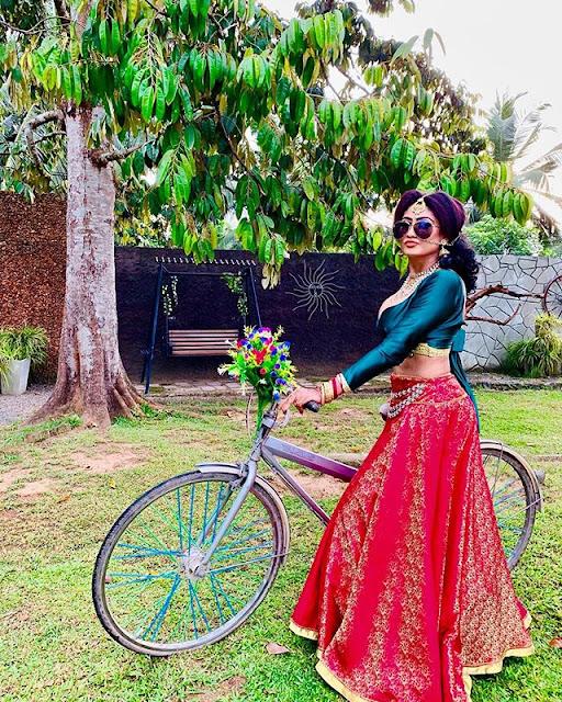 Piumi Hansamali Hot & Sexy Pics