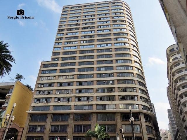 Vista ampla do Edifício Domingos Fernandes Alonso - Galeria Olido - República - São Paulo