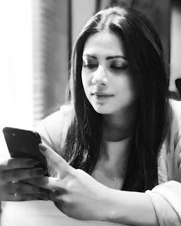 Azmeri Asha Bangladeshi Actress Hot and Sexy Wallpapers