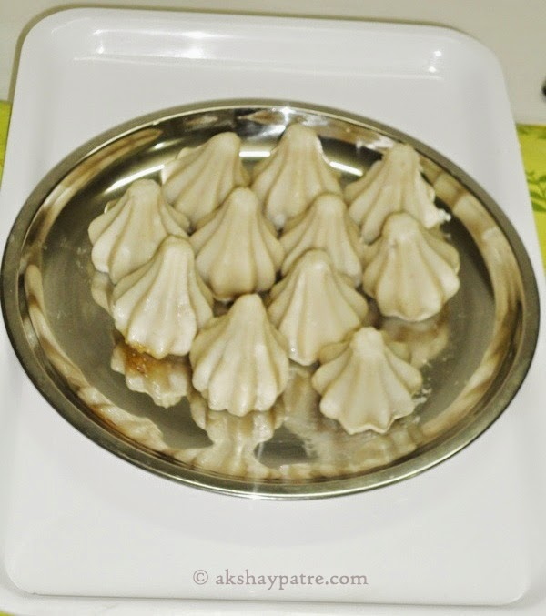 steamed modaks in a plate