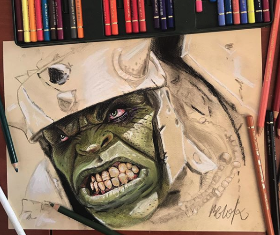 Retrato de Hulk con lápices de colores