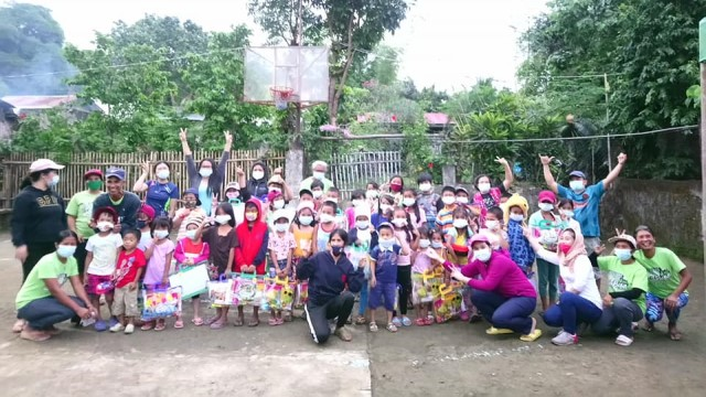 PLAI WVRLC's Christmas outreach in Miag-ao, Iloilo