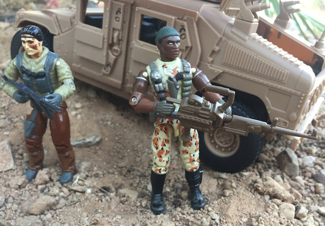 2004 Desert Patrol Stalker, TRU, Toys R Us Exclusive, Desert Patrol, 1990 Bullhorn